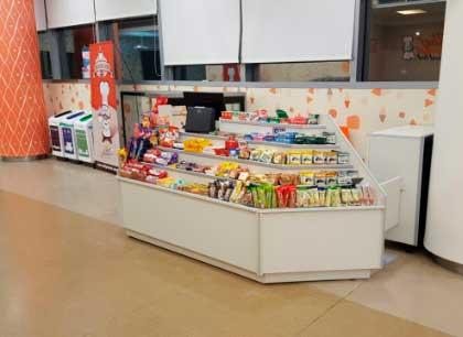 punto de venta de almuerzo más los productos de cafetería y kiosco